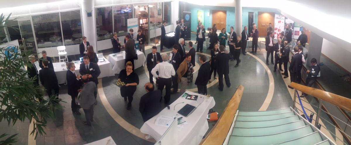 Drinks reception and network at Angels in MedCity company presentation event